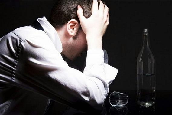 Հարբեցողությունը ստիպում է ձեզ թերարժեք զգալ. ինքնագնահատականի խնդիրը